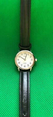 Lovely Timex Indiglo Ladies Quartz Watch Black Leather Strap - Glow Feature • 9.99£
