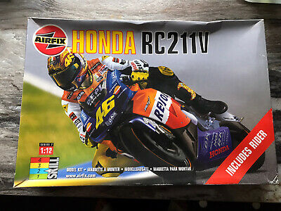 AIRFIX HONDA RC211V MODEL KIT 1:12. ROSSI. Started But Only Minimal Painting. • 25.50£