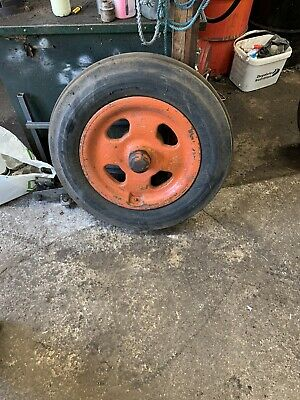 Fordson Major Tractor Cast Front Wheel & Tyre 4 Spokes • 40£