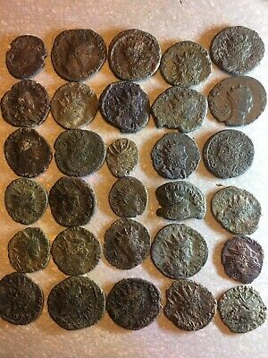 30 Ancient Late Roman Imperial Bronze Coins Radiate Crown Types, Un-researched • 25£