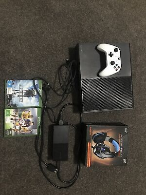AU120 • Buy Xbox One 500gb Console With 2 Games, 1 Controller, Headet Plus 14 Days Gamepass