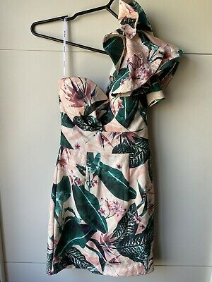 AU25 • Buy GORGEOUS SHEIKE SIZE 6 Dress