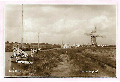 River And Windmill Ludham Norfolk Real Photo Postcard  • 1£