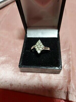 Ladies Pretty 925 Silver Ring Pale Green Stones Approx Size UK R1/2 Valentines  • 11.50£
