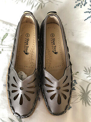 Brand New Ladies Flat Shoes Size 5 • 2£