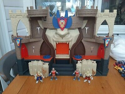 IMAGINEXT Lions Den Castle With Knights & Accessories • 8£