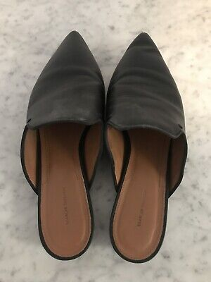 AU45 • Buy Scanlan Theodore Black Flats Slides Shoes Size 39 - Quick Moving House Sale!