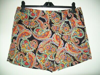 Ladies Patterned Shorts/skorts Size 14 From Atmosphere • 0.99£