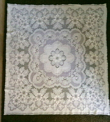 Vintage Cream Polyester Lace Tablecloth • 5£