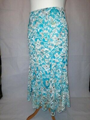 Green Net Skirt With Floral Pattern Size 18 • 5£