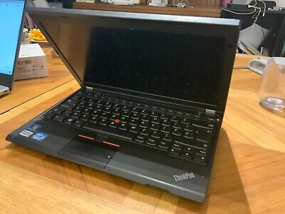 Lenovo THINKPAD Core I5 4gb Ram 256gb Storage, Windows10 • 24£