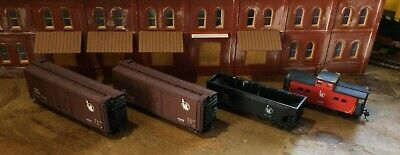 $ CDN31.52 • Buy Model Railroads Trains HO Scale Lot Of (4) Jersey Central Freight Cars #108