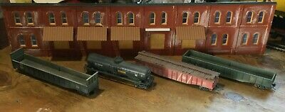 $ CDN31.52 • Buy Model Railroads Trains HO Scale Lot Of (4) Jersey Central Freight Cars #114