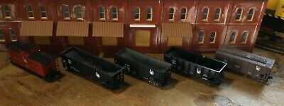 $ CDN31.52 • Buy Model Railroads Trains HO Scale Lot Of (5) Jersey Central Freight Cars #117