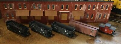 $ CDN31.52 • Buy Model Railroads Trains HO Scale Lot Of (5) Jersey Central Freight Cars #118