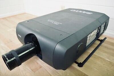 """£2761.15 • Buy SANYO PLC-XF47 PRO XtraX Projector 7.38-12.3"""" Xtra Bright Zoom Lens Excellent"""