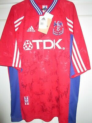 £199.99 • Buy Crystal Palace 1998-1999  Squad Signed Home Football Shirt BNWT /29844