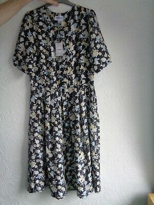 Brora 100%Silk Floral Dress,Short Sleeves, BNWT, Size 14, • 100£