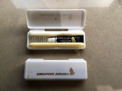AU25 • Buy Singapore Airlines Toothbrush Vintage 1977