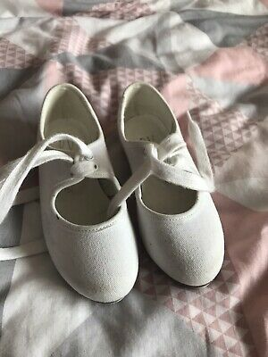Girls White Tap Dancing Shoes Size 8 • 3£