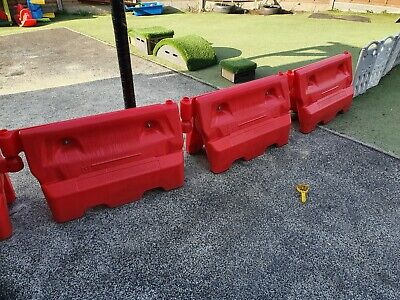 £20 • Buy 1-Meter Heavy Duty Water Filled Traffic Barrier Red White Road Street Safety