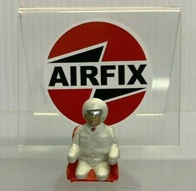 £5.99 • Buy AIRFIX MOTOR RACING MRRC 1960's DRIVER FIGURE WITH SEAT 1.32 (RED) EXCELLENT A