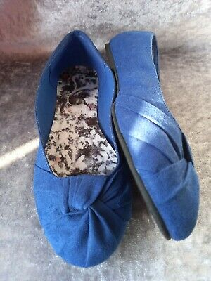 Evans - Blue Mock Suede Flat Dolly Style Shoes Size 7EEE (extra Wide) • 2.99£