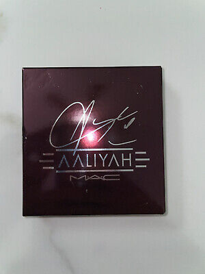 """$24.50 • Buy MAC X AALIYAH """"AGE AINT NOTHING"""" Eyeshadow Palette -  NEW IN BOX! UNTOUCHED!"""