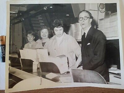 £95 • Buy Charles Hawtrey - Carry On Laughing Rare Genuine Black And White Photograph