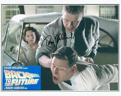 £24.32 • Buy TOM WILSON Signed BACK TO THE FUTURE 8x10 W/ Coa CLOSEUP BULLYING CRISPIN GLOVER