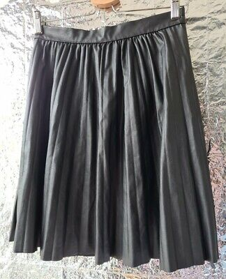£10 • Buy Unbranded  SKIRT W26in L20in Faux Leather Pleated Black Knee Length Zip
