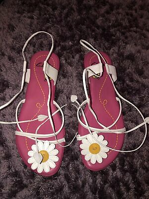 £6 • Buy Clarks Pink Daisy Sandals Size 6
