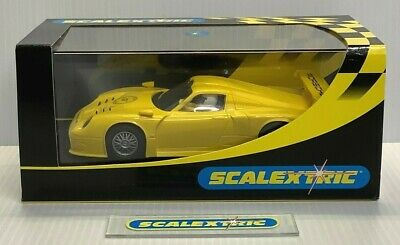 £29.99 • Buy Scalextric Hornby C2449 PORSCHE 911 GT1 YELLOW (MINT BOXED) Collectors Club 2002