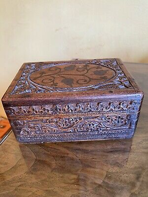 """£5 • Buy Vintage Hand Carved Wooden Box 6"""" Wide, 3"""" Tall"""