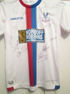 £71.09 • Buy Crystal Palace 2015-2016 Away Squad Signed Football Shirt With COA /45045