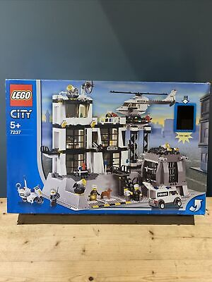 £63.89 • Buy LEGO CITY SET 7237 POLICE STATION BOXED USED (Missing Dogs)
