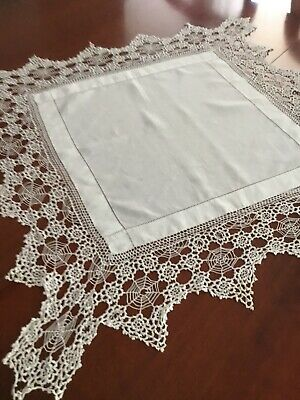 £9.99 • Buy Vintage Irish Linen And Crocheted Lace Tablecloth