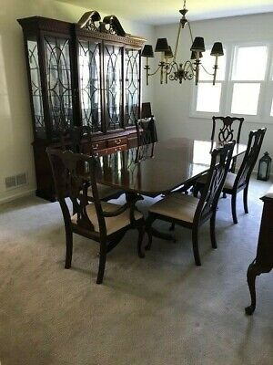 $950 • Buy Thomasville Mahogany Dining Furniture / 8 Chairs / Ethan Allen Sideboard