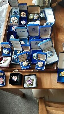 £222.49 • Buy Aynsley Porcelain Brooches Lot  30 Brooches Orig Boxes  Jewellery.