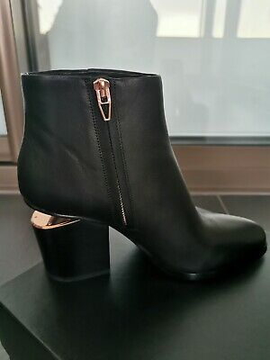 AU645 • Buy NEW NEVER WORN - Alexander Wang Gabi Cut-out Boots In Rose Gold - Size 40
