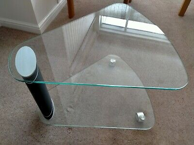 £9.99 • Buy Glass Triangular Shaped Coffee/Side Table With Wheels