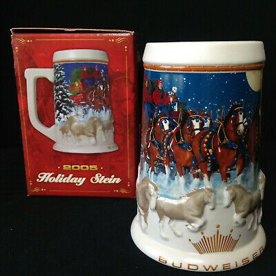 """$ CDN18.66 • Buy BUDWEISER 2005 Holiday Series Beer Stein CS628 """"Budweiser's Clydesdale Holiday"""""""