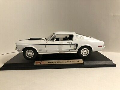 $12 • Buy Maisto 1968 Ford Mustang GT Cobra 1:18 White W Black Trim On Stand