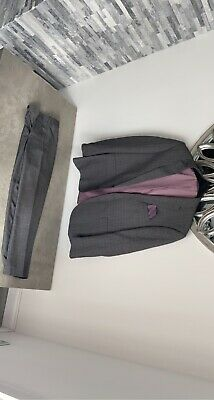 £5 • Buy Grey Tartan Taylor And Wright Suit