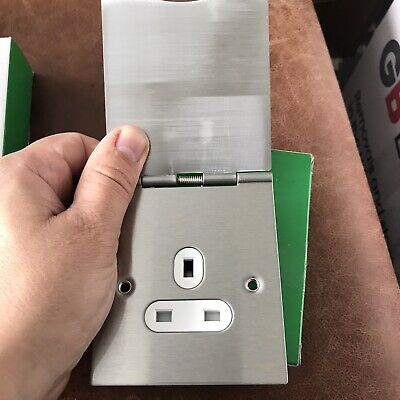 £15 • Buy X2 Schneider Electric 13a 2-gang Unswitched Floor Sockets Stainless Steel