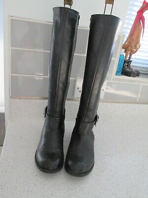 £10.50 • Buy Clarks Black Leather Flat Long Boots Size 5D (exc. Condition)