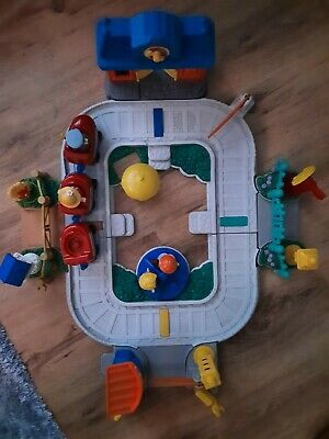 £20.50 • Buy Fisher Price Little People Train Set With 4 Figures