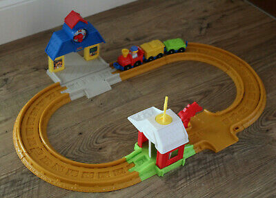 £7.99 • Buy COLLECTION ONLY, Fisher Price Little People, Train Set, Very Good Condition