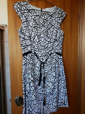 AU16.50 • Buy Target Black And White Gorgeous Stretch Fit And Flare Size 16 Dress, Cap Sleeves