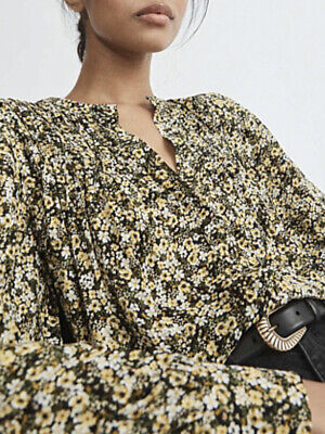 AU26 • Buy Witchery Floral Pintuck Blouse Size 10